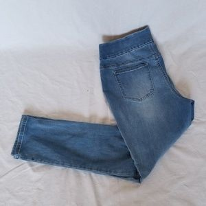 Perfect stretch blue Jeans by Chico's size 1
